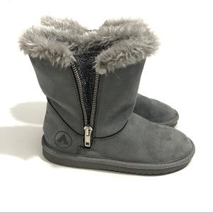 AIRWALK Girl's Size 13 Grey Plush Cozy Lined Boots